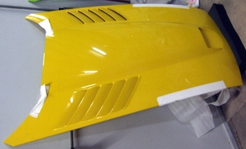 005; 2003 - 2006 Viper SRT Hood --  Yellow --  Gen III - 05029272AD (minor scuffs)