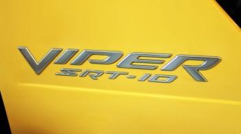 000; 2005 Dodge Viper Special Edition SRT10 Satin Silver Side Badge Decal - WN81XZAAB